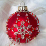 Beading-Workshop-Christmas-bauble
