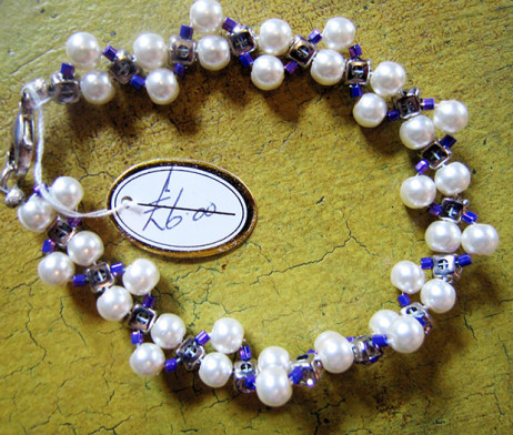 pearl-and-purple-bracelet